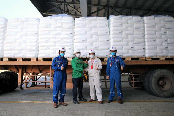BSR sản xuất và xuất bán sản phẩm hạt nhựa mới T3045 - Ảnh 2.