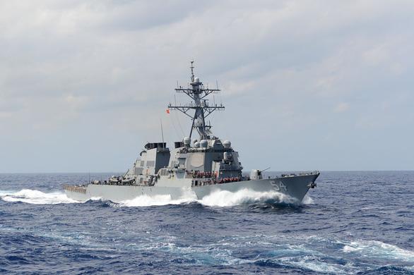 Tàu chiến Mỹ qua eo biển Đài Loan, Trung Quốc nói Mỹ cố ý phá hoại hòa bình - Ảnh 1.