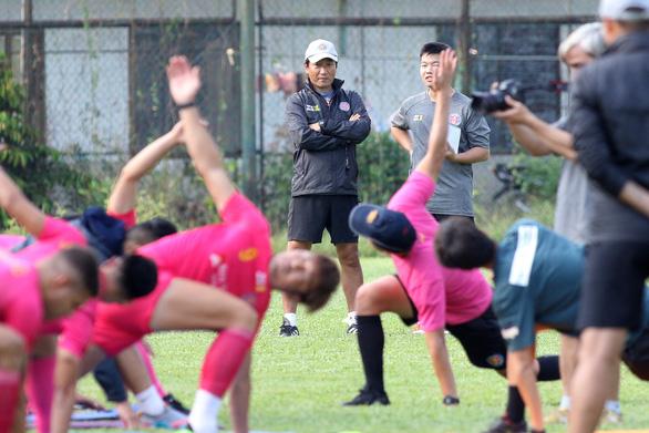 J-League không quá tầm của cầu thủ Việt - Ảnh 1.