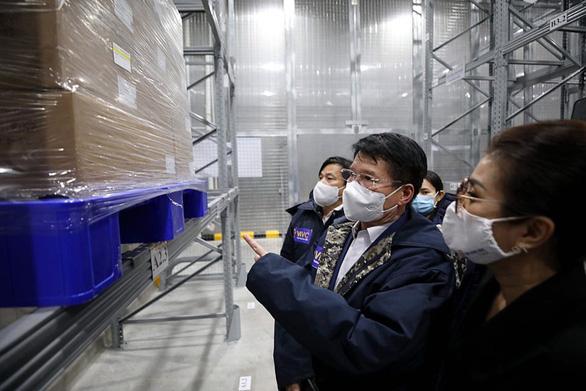 Hành trình đưa 117.600 liều vắc xin về Việt Nam - Ảnh 1.