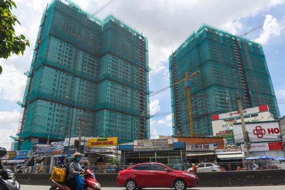 TP.HCM tập trung gỡ vướng các dự án bất động sản, xem xét rút ngắn thủ tục - Ảnh 1.