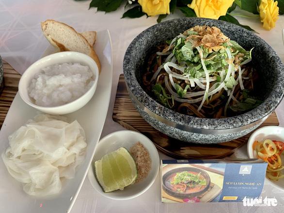 Thắng cố Bắc Hà, cơm trái dừa, bánh giá Gò Công… vào top 100 món ăn đặc sản Việt Nam - Ảnh 1.