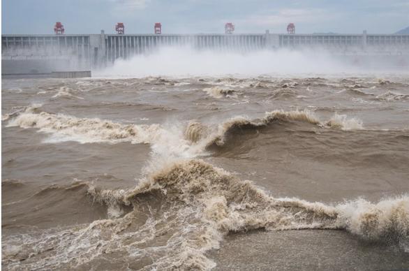 Mực nước sông Dương Tử giảm dần trong 40 năm, chuyện gì xảy ra? - Ảnh 1.