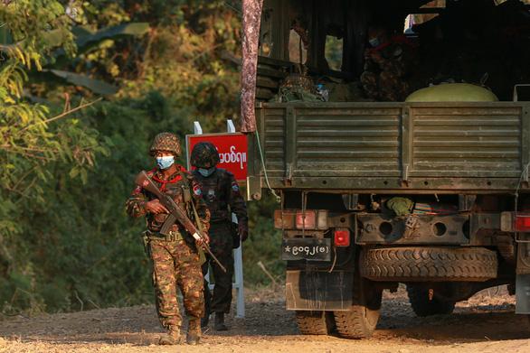 صندوق بین المللی پول نگران استرداد 350 میلیون دلاری است که برای کودتا به میانمار منتقل شده است - عکس 1.