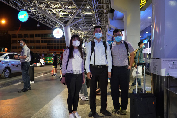 Bệnh viện Chợ Rẫy và Viện Pasteur TP.HCM lên đường hỗ trợ Gia Lai chống dịch - Ảnh 2.