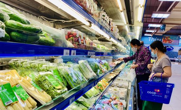 Đón tết nhẹ nhàng, khách cần siêu thị có - Ảnh 1.