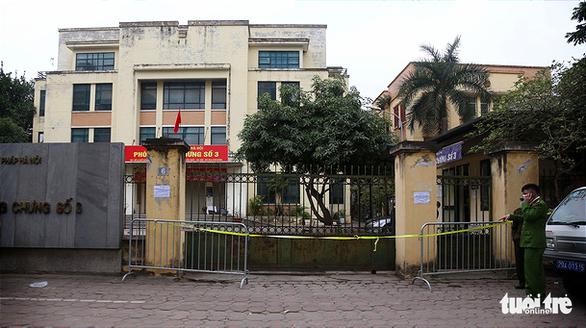 Công chứng viên ở Hà Nội mắc COVID-19 từng bay vào Sài Gòn, gặp nhiều người - Ảnh 1.