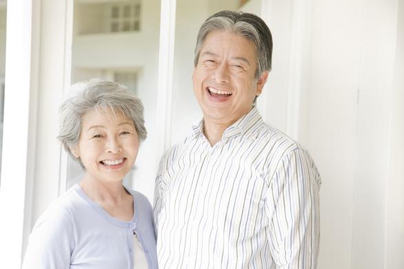 Những lưu ý khi chăm sóc sức khỏe cho người cao tuổi - Ảnh 1.