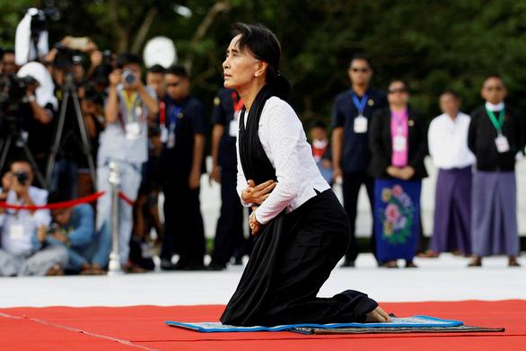 داغ: خانم آنگ سان سوچی به قاچاق متهم شد - عکس 2.