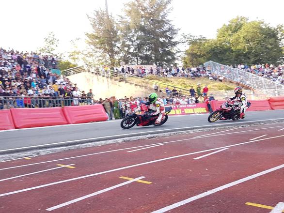 Cần Thơ dừng tổ chức giải đua xe môtô mùng 4 Tết Tân Sửu - Ảnh 1.