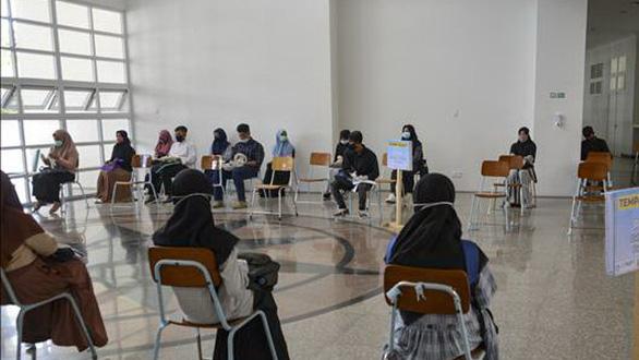 اندونزی رسما از امتحان ملی سرباز زد - عکس 1.