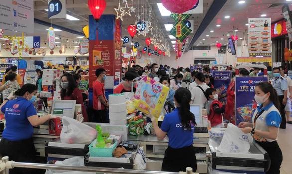 Hệ thống siêu thị Co.opmart, Co.opXtra mở cửa 7 giờ sáng phục vụ Tết - Ảnh 1.