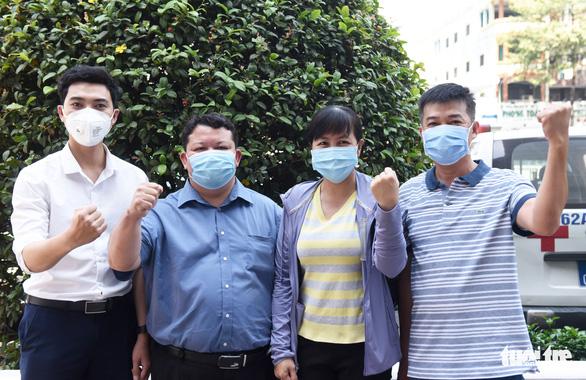 Bệnh viện Chợ Rẫy tiếp thêm nhân lực cho vùng dịch Gia Lai - Ảnh 4.