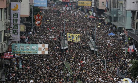 Nghị sĩ Mỹ đề cử Nobel hòa bình cho phong trào dân chủ Hong Kong - Ảnh 1.