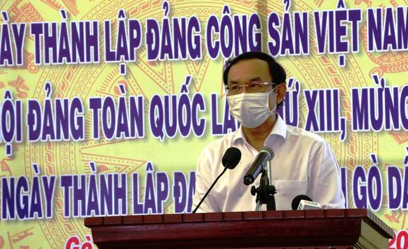 Bí thư Nguyễn Văn Nên trao 500 phần quà tết ở Tây Ninh - Ảnh 2.