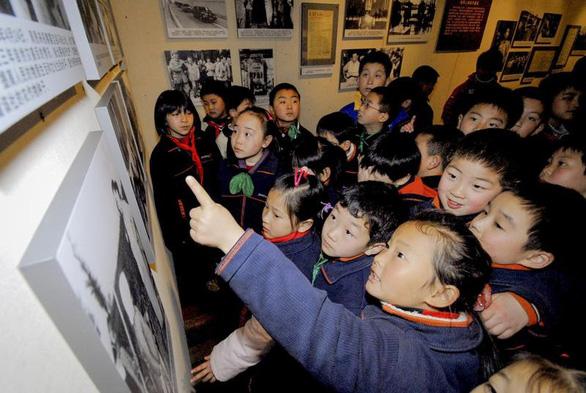 Hãng tin Bloomberg: Trẻ em Trung Quốc sẽ học tư tưởng Tập Cận Bình - Ảnh 1.