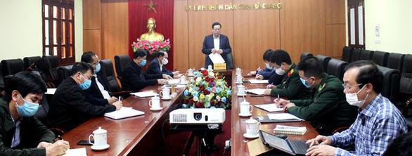 Ca mắc COVID-19 ở Hà Giang có tiếp xúc gần 2 nữ nhân viên karaoke - Ảnh 1.