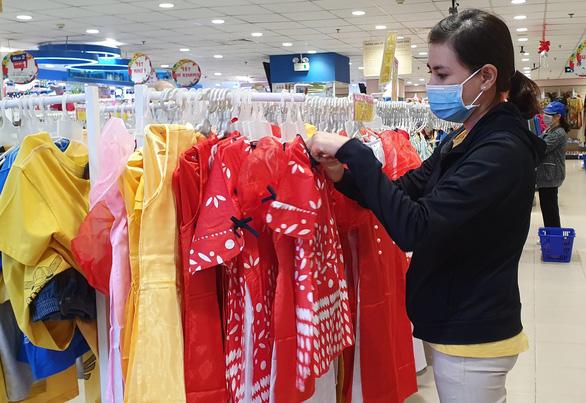 Sức mua tăng, khuyến mãi đậm tại siêu thị - Ảnh 3.