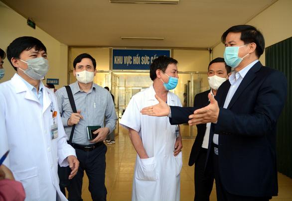 Điện Biên triển khai thành lập bệnh viện dã chiến chống dịch COVID-19 - Ảnh 2.