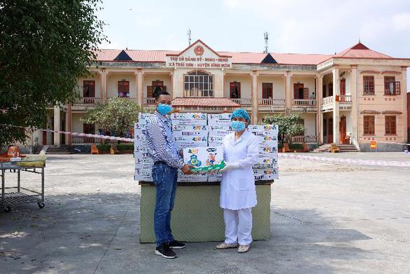 Vinamilk hỗ trợ 45.000 hộp sữa cho hơn 800 trẻ em cách ly - Ảnh 3.