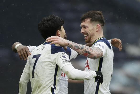 Harry Kane trở lại và ghi bàn, Tottenham tìm lại niềm vui chiến thắng - Ảnh 2.