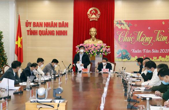 Người dân Quảng Ninh có thể yên tâm đón Tết trong trạng thái bình thường mới - Ảnh 1.