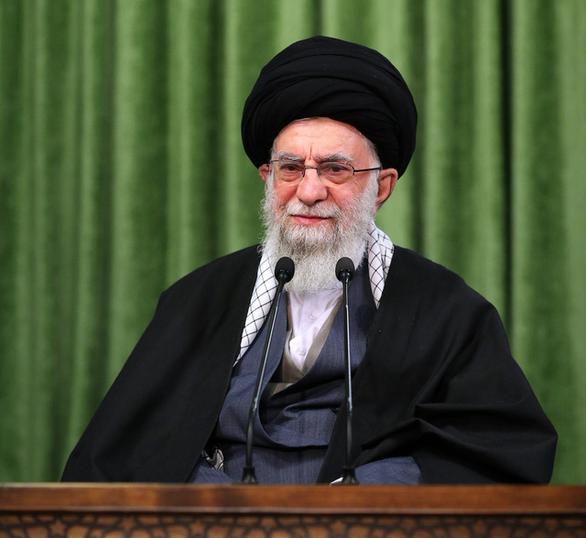 Đại giáo chủ Iran đòi Mỹ dỡ bỏ tất cả lệnh trừng phạt - Ảnh 1.