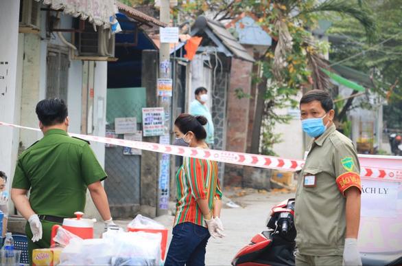 TP.HCM phong tỏa đường TL04, phường Thạnh Lộc, quận 12 - Ảnh 3.