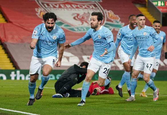 Alisson mắc sai lầm, Liverpool thảm bại trước Man City - Ảnh 2.