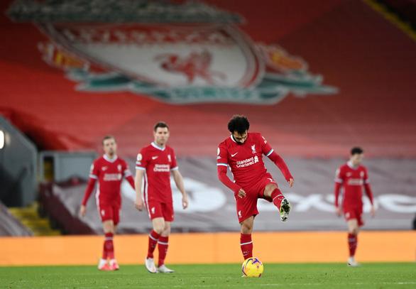 Alisson mắc sai lầm, Liverpool thảm bại trước Man City - Ảnh 6.