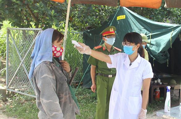 Bắc Giang công bố các điểm buộc cách ly khi người dân về ăn tết - Ảnh 1.