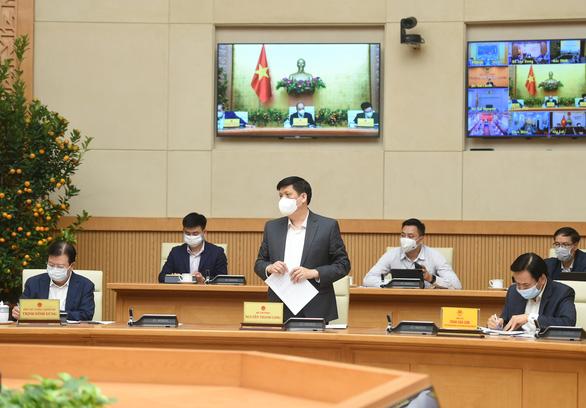 Thủ tướng đồng ý cho TP.HCM, Hà Nội có thể giãn cách xã hội - Ảnh 2.