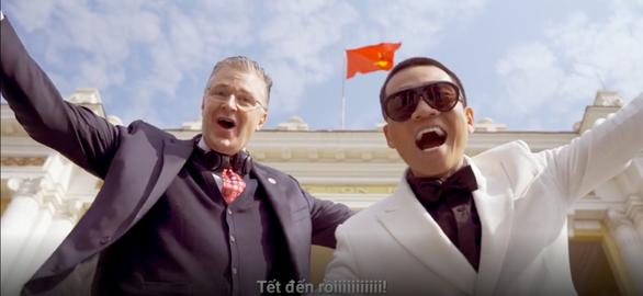 Đại sứ Mỹ Kritenbrink chúc Tết bằng... rap Việt - Ảnh 1.