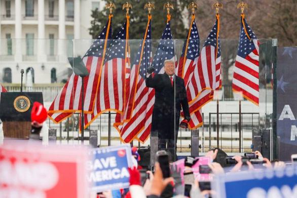 Thượng viện tạm dừng phiên tòa luận tội ông Trump trong lễ Sabbath - Ảnh 1.