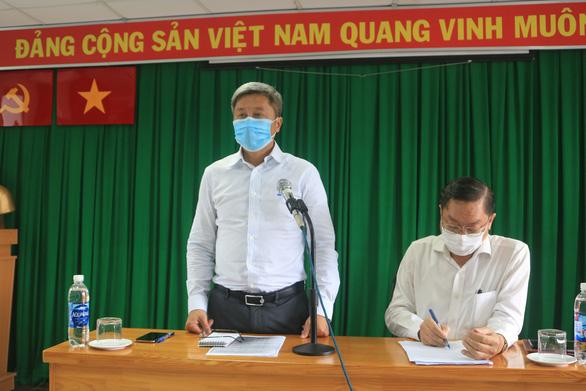 Chủ tịch UBND TP.HCM: TP.HCM chưa bao giờ nhiều ca nhiễm COVID-19 cùng lúc như thế - Ảnh 3.