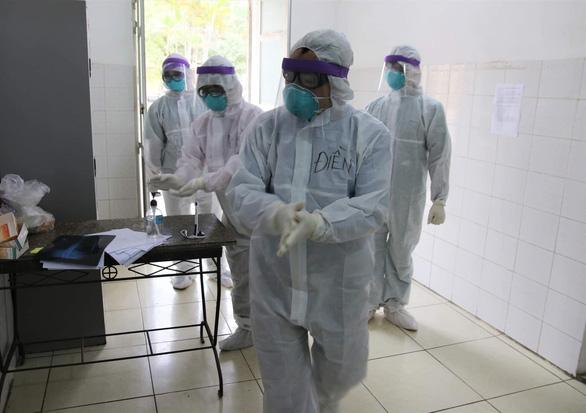 Tham gia chống dịch COVID-19 được nhận phụ cấp 130.000-300.000 đồng/người/ngày - Ảnh 1.