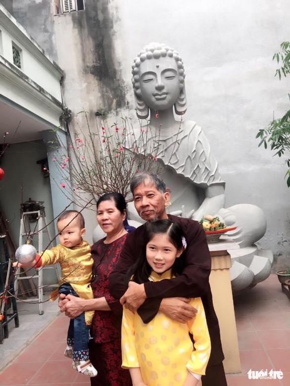Tôi đã đọc những câu thơ có lẽ cuối cùng của nhà văn Nguyễn Huy Thiệp... - Ảnh 3.