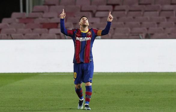 Điểm tin thể thao sáng 9-2: Messi qua mặt Ronaldo, là Cầu thủ xuất sắc nhất thập kỷ - Ảnh 1.