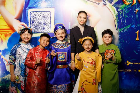 Lý Hải, Ngô Thanh Vân, Trấn Thành ngậm ngùi - Ảnh 1.
