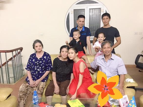 Người con 'tội tình' của Nguyễn Huy Thiệp: Không khóc ở xóm Cò - Ảnh 1.