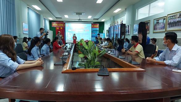 Thầy trò Đại học Nam Cần Thơ tham gia góp vắc xin COVID-19 - Ảnh 3.