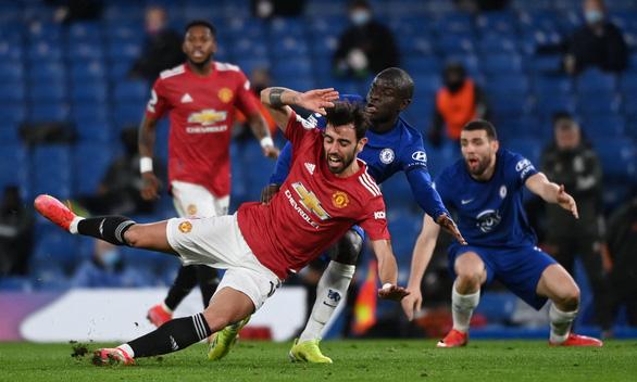 Chelsea và Man United níu chân nhau - Ảnh 1.