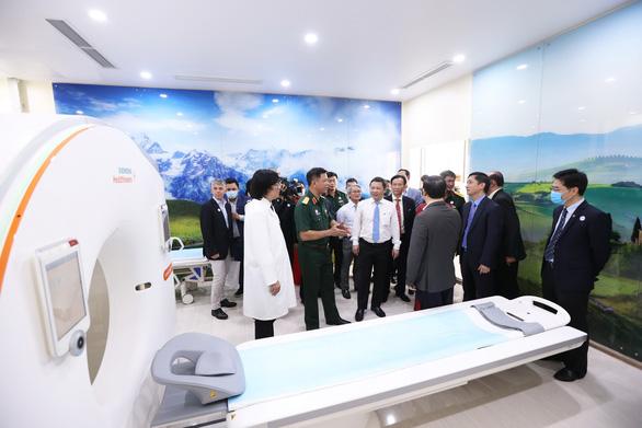 Khai trương bệnh viện đa khoa Tâm Anh TP.HCM - Ảnh 2.