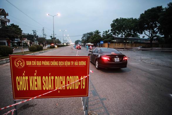Hải Dương kết thúc giãn cách xã hội từ 0h ngày 3-3, chuyển sang trạng thái mới - Ảnh 2.