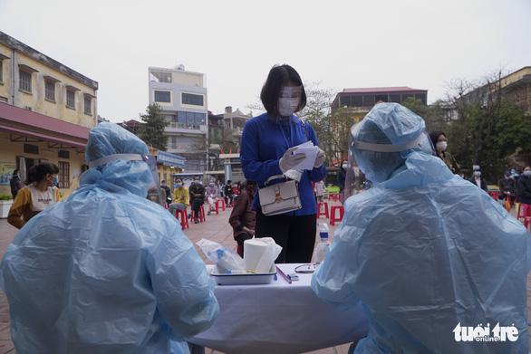 Hải Dương phát thông báo khẩn tìm người đi chợ, tiệm tạp hóa, hiệu thuốc ở Kim Thành - Ảnh 1.