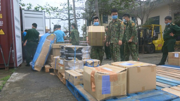 Triệt xóa đường dây lập công ty 'ma' buôn lậu qua cảng Tiên Sa - Ảnh 2.