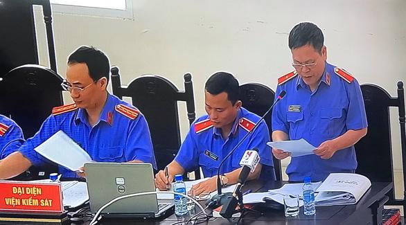 Ông Đinh La Thăng bị đề nghị 12-13 năm tù, Trịnh Xuân Thanh 21-23 năm tù - Ảnh 2.
