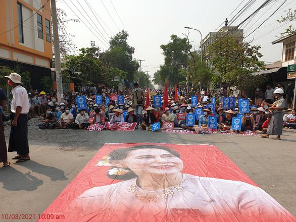 Sri Lanka bị phản đối vì mời tân ngoại trưởng Myanmar dự họp - Ảnh 1.