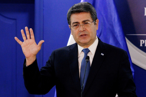 Tổng thống Honduras bị tố nhận hối lộ để giúp tuồn hàng tấn cocaine vào Mỹ - Ảnh 1.