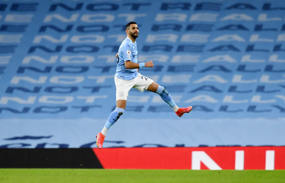 Vùi dập Southampton, Man City bỏ xa Man Utd 14 điểm - Ảnh 3.